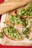 与绿色蔬菜的鲜美bruschetta 库存图片