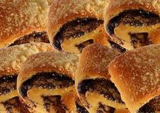 与罂粟种子的小甜面包 免版税库存照片