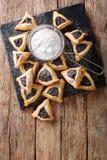 与罂粟种子的Hamentashen三角曲奇饼为普珥节假日 免版税库存照片