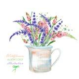 与美丽的水彩明亮的凶猛花和淡紫色花的花束的一个例证在一个土气瓶子 免版税库存图片