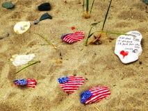 与美国国旗的石头 免版税库存图片
