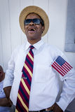 与美国旗子的Blackman对乔・拜登集会,拉斯维加斯, NV微笑  2016年10月13日 图库摄影