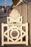 与美国电影明星的名字的散步des Planches,在多维尔 免版税库存图片