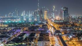 与美好的市中心光和扎耶德回教族长公路交通夜timelapse,迪拜的迪拜地平线,团结了阿拉伯 股票视频