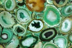 与美妙的样式的鲜绿色的优越自然石材料 免版税图库摄影