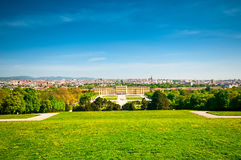 与美泉宫的风景在维也纳 库存图片