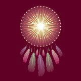 与羽毛的发光的不可思议的dreamcatcher 库存图片