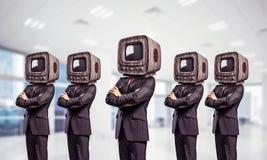 与老电视的商人而不是头 库存图片