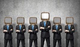 与老电视的商人而不是头 库存照片