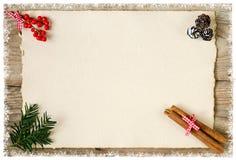与老纸张的圣诞节背景 免版税库存照片