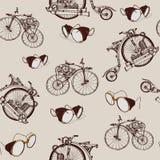 与老自行车和黄铜风镜的无缝的样式Steampunk 免版税库存照片