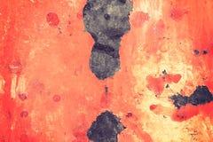 与老被剥皮的油漆的生锈的金属表面为使用作为纹理o 免版税库存图片
