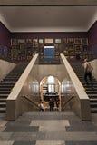 与老主人的楼梯在Staedel博物馆法兰克福,德国 库存照片