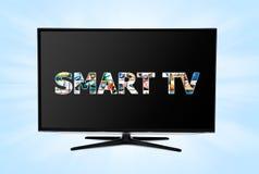 与聪明的应用的现代LED电视 免版税库存图片
