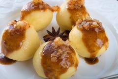 与肉装填的土豆饺子 免版税图库摄影