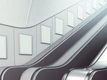 与自动扶梯的空白的广告牌 库存图片