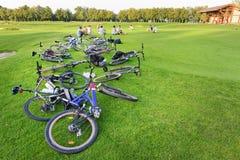 与自行车的休息 库存图片