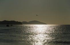 与船的海景  免版税库存图片