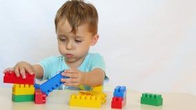 与色的块的情感儿童游戏 影视素材