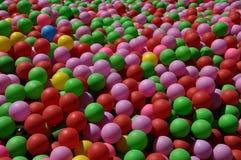 与色的balls_2的背景 免版税图库摄影