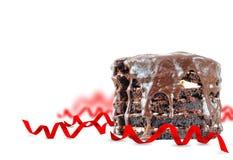 与节假日装饰的巧克力蛋糕 图库摄影