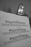 与节拍器的标度 免版税库存照片