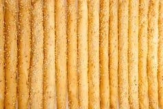 与芝麻籽的优秀和自然面包棒与他们分类 库存图片