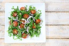 与芝麻菜的沙拉 免版税库存照片