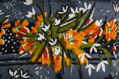 与花卉五颜六色的抽象样式的针织品织品 免版税库存照片