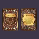 与花卉坛场样式和装饰品的葡萄酒卡片 首页和登在报纸最后部分 豪华设计 库存图片