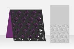 与花卉重复的玫瑰色样式的卡片激光切口的 剪影设计 库存图片