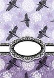 与花和蜻蜓的垂直的卡片 免版税库存照片