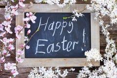 与花的复活节快乐 库存照片