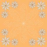 与花的橙色背景 免版税库存图片