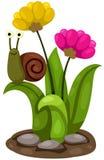与花的逗人喜爱的蜗牛 免版税库存照片