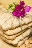与花的饼干 图库摄影