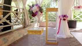 与花的玻璃专栏在婚礼 影视素材