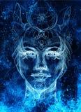 与花饰的神秘的妇女面孔 画在纸,颜色作用 目光接触 计算机拼贴画 库存例证
