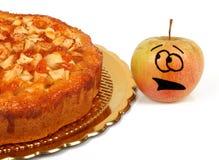 与苹果饼的滑稽的苹果 免版税库存照片