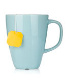 与茶袋的茶杯 图库摄影