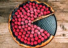 与莓的巧克力奶酪蛋糕 免版税库存图片