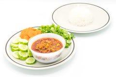 与菜的北泰国肉和蕃茄辣垂度 库存照片