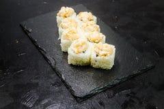 与菜的寿司卷 日本食物 33 库存照片