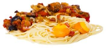 与菜的开胃面团烤了肉,并且两烘烤了鸡蛋 图库摄影