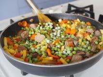 与菜的炖煮的食物 图库摄影
