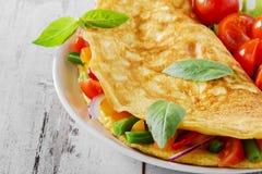 与菜的煎蛋卷 库存图片