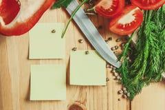 与菜的空白的笔记 免版税库存照片
