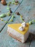 与菠萝奶油的蛋糕 免版税库存图片