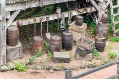 与葡萄酒矿工具的风景 库存照片
