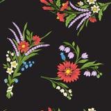 与葡萄酒被绣的花的无缝的样式 库存照片
